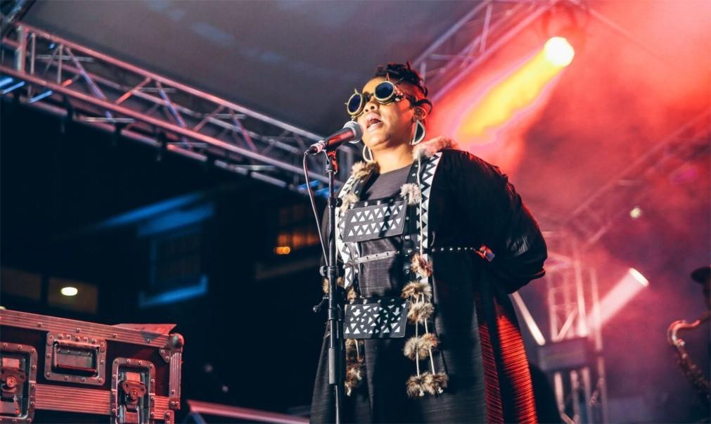 Музыкальный фестиваль Afropunk в Париже 8d25132a554f9ee6cd78a2a118872ef8.jpg