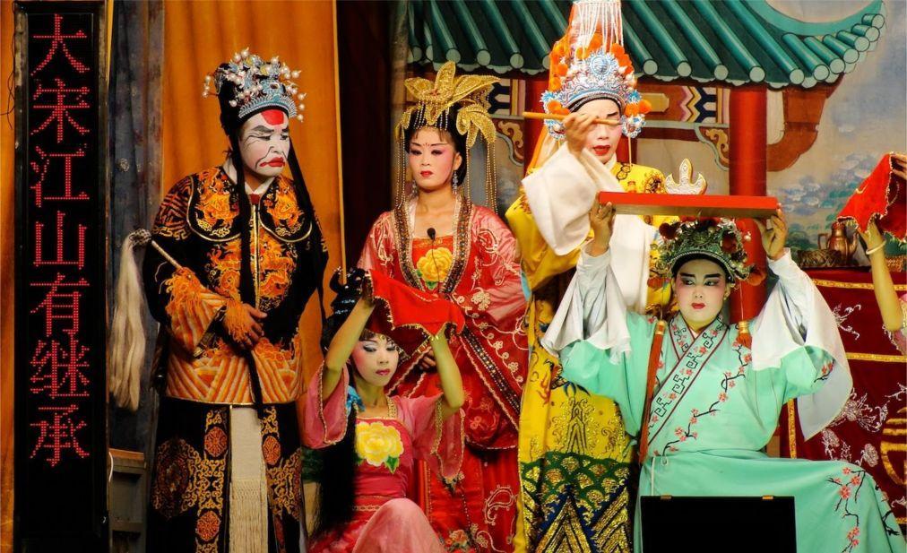 Фестиваль голодных духов в Китае 8f7ff4d99e85f3fb944862e2fc031868.jpg