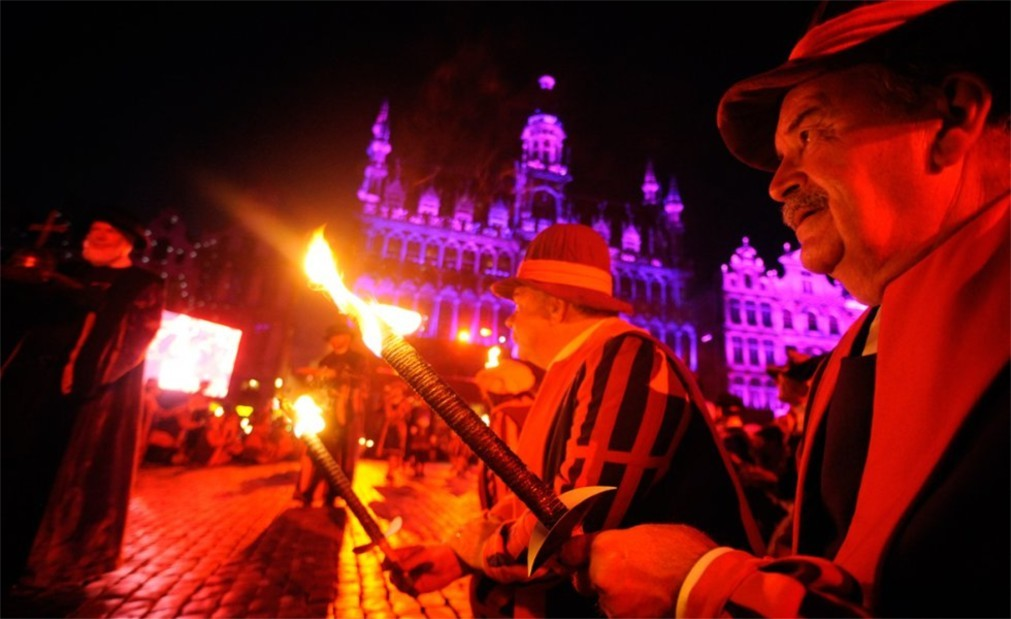 Историческое шествие «Оммеганг» в Брюсселе 91aa8c9a19cff59b95778c5e02fe1058.jpg