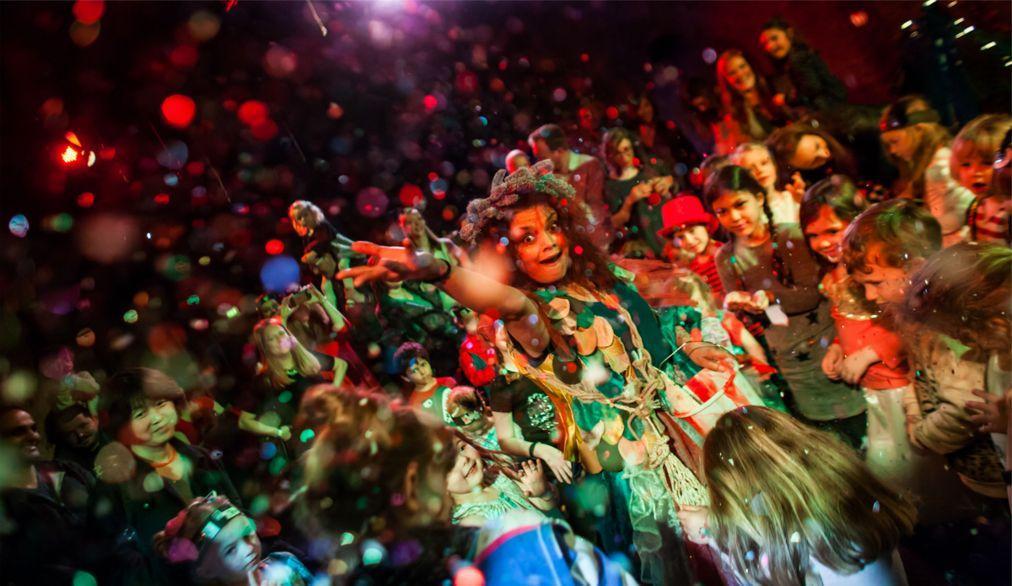Фестиваль авангардного искусства VAULT в Лондоне 927fe0f0fa0e48fe602d990f146d9d8a.jpg