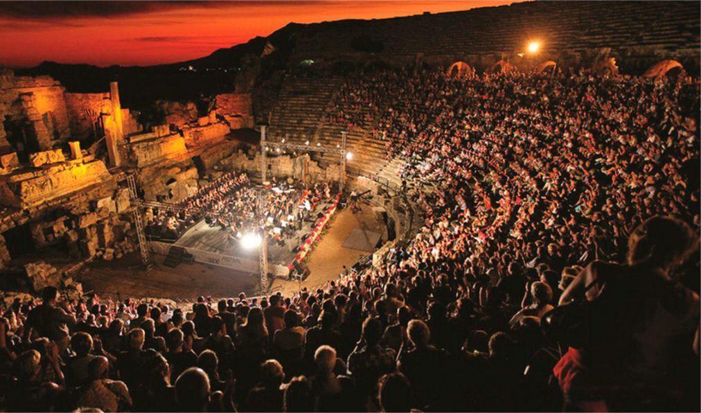 Международный фестиваль оперы и балета в Аспендосе 95f745d9ee8e37f31ed2e283b0d1920c.jpg