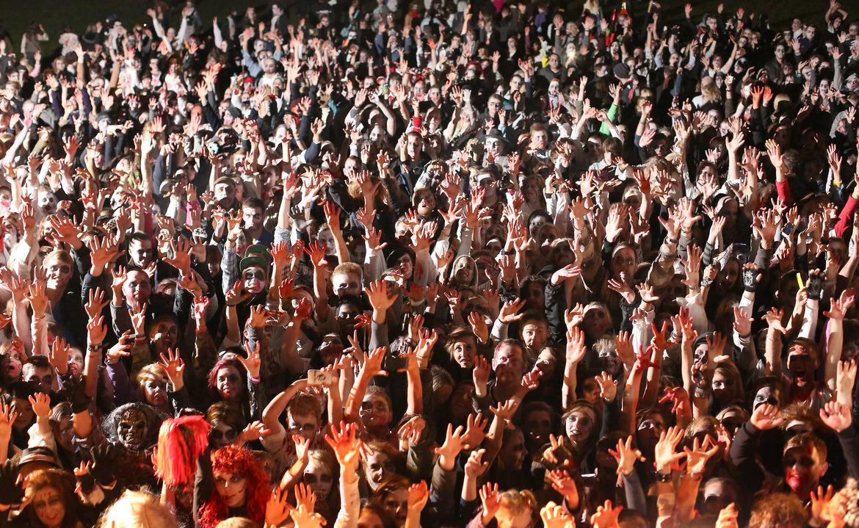 Фестиваль зомби в Питтсбурге 9699e6fc872420999f5f4e481bf08a4c.jpg