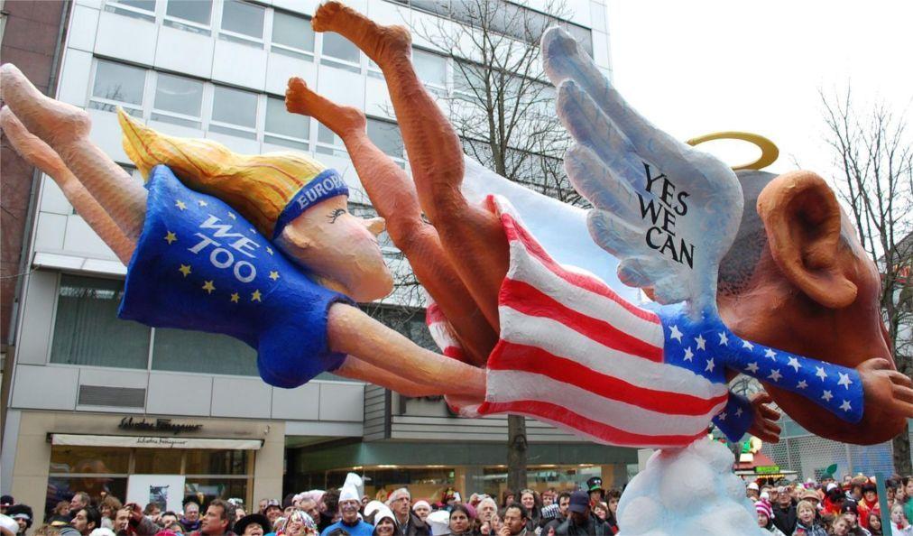 Дюссельдорфский карнавал 96a341c927161e250d238fd81647a8e7.jpg