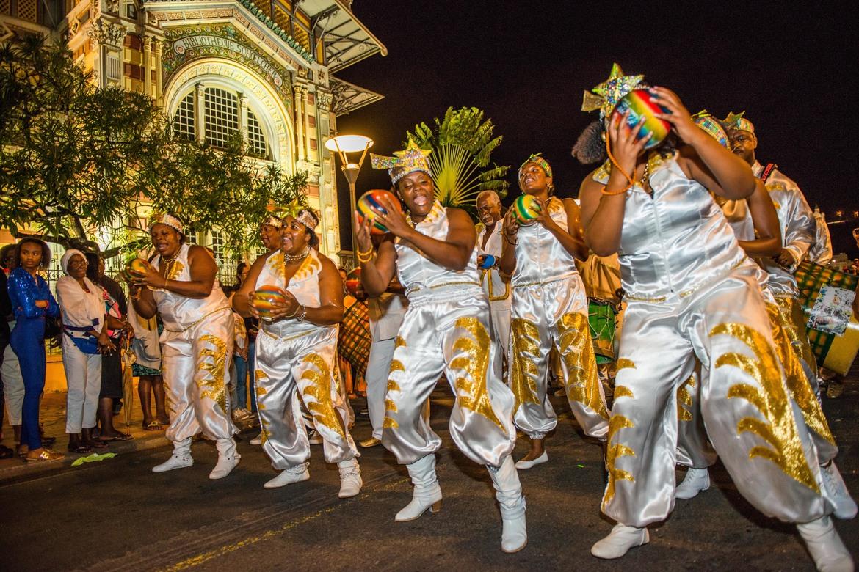 Карнавал на Мартинике 98a308022be5612934c10213676057f7.jpg
