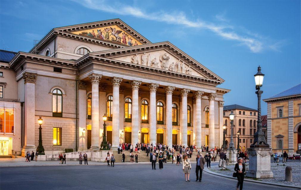 Мюнхенский оперный фестиваль 998c4cda6efbb3eb192df7a6fabf0f0b.jpg