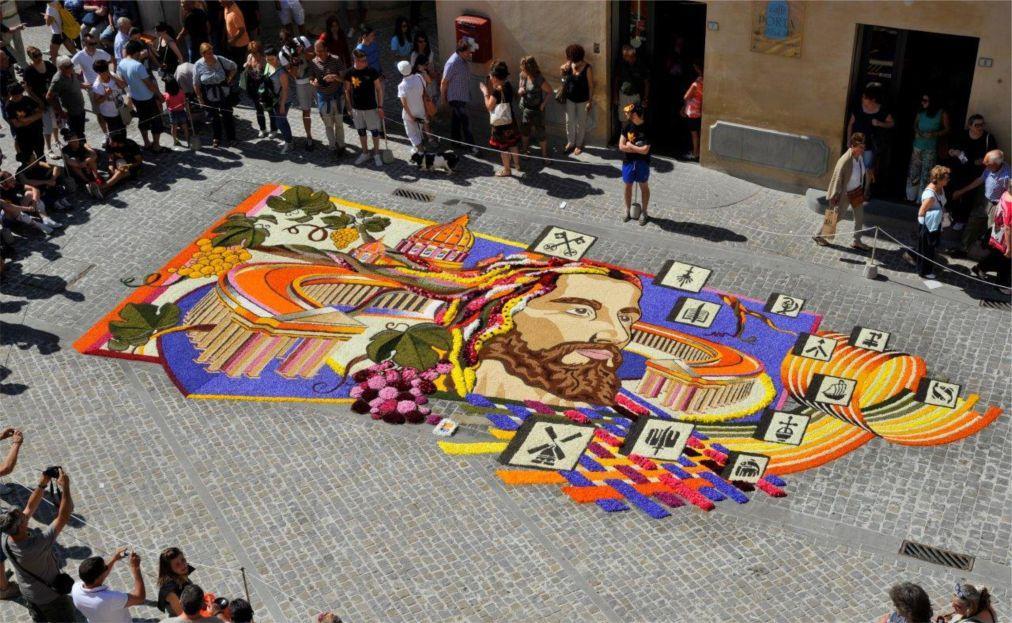Фестиваль цветов Инфиората в Италии 9ac8494e49f79048f46dbe30e1a41f78.jpg
