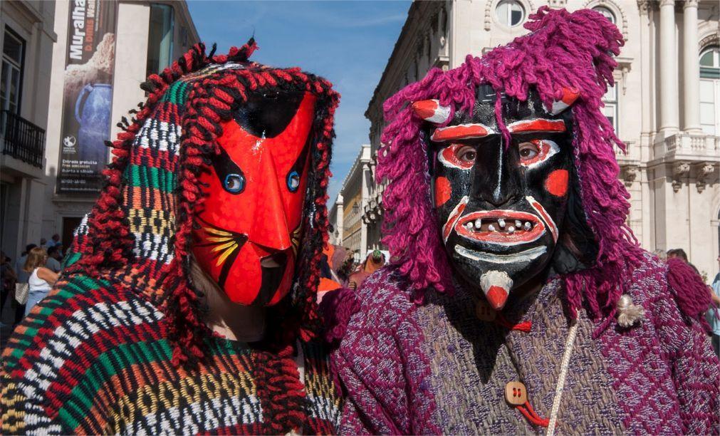 Международный фестиваль иберийских масок в Лиссабоне 9b8c1267cee70bb2f4359b3e000e9aa2.jpg