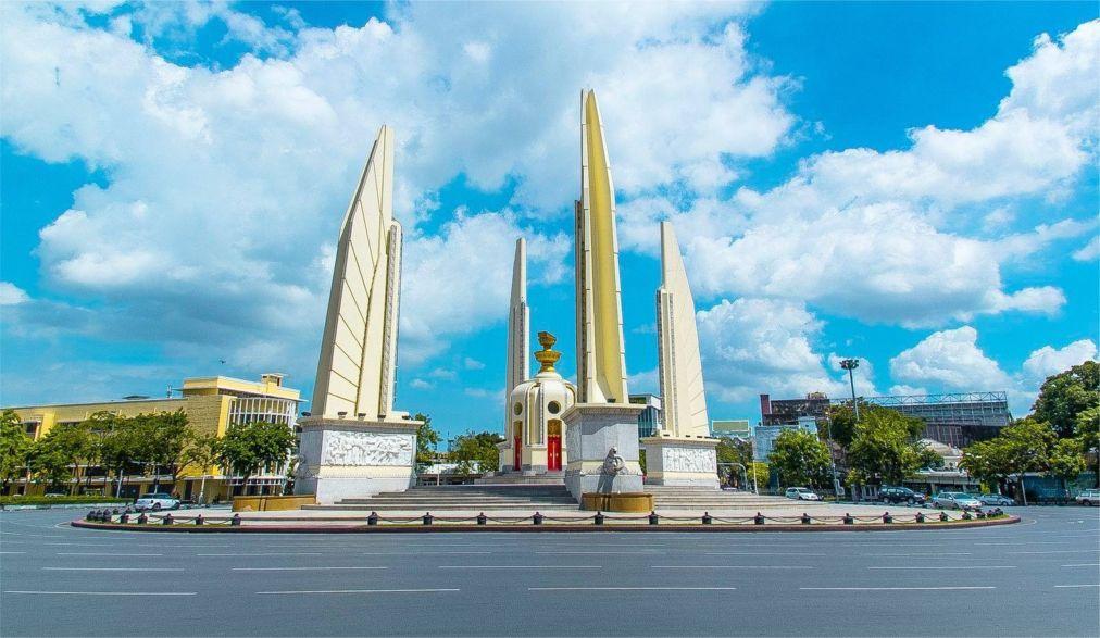 День Конституции в Таиланде 9bae157f50e8b105ca34df071f717b9d.jpg