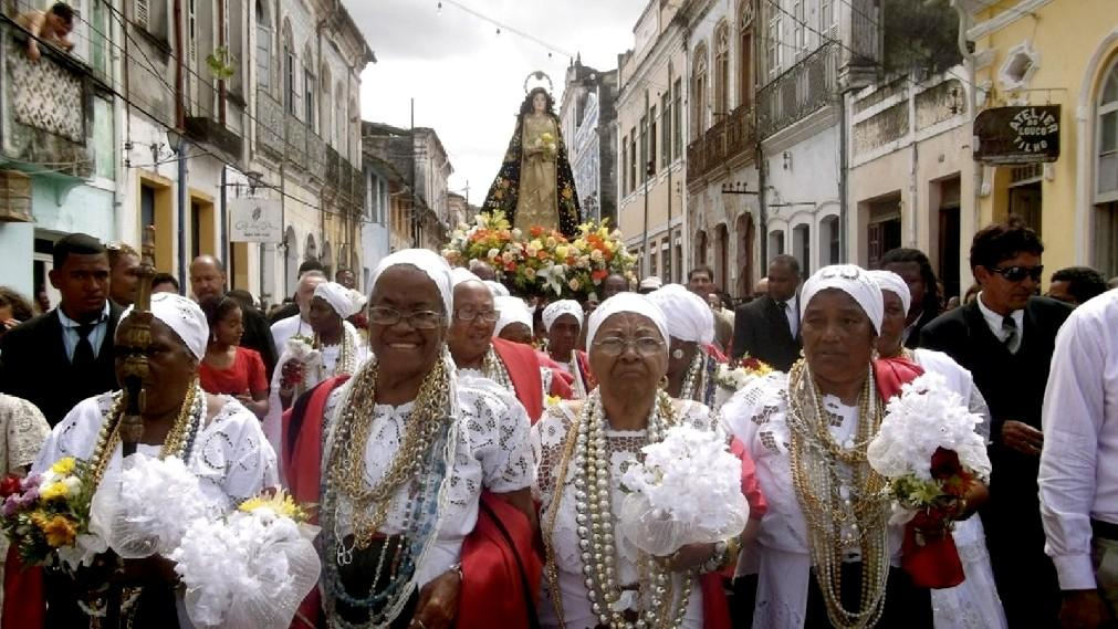 Праздник Йеманжи в Бразилии 9f5de21a114e93b9ad05e3f7fd7b23c3.jpg