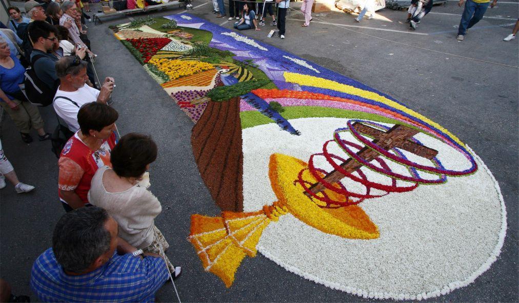 Фестиваль цветов Инфиората в Италии 9f950466ce6b937e1949018c504a6aea.jpg