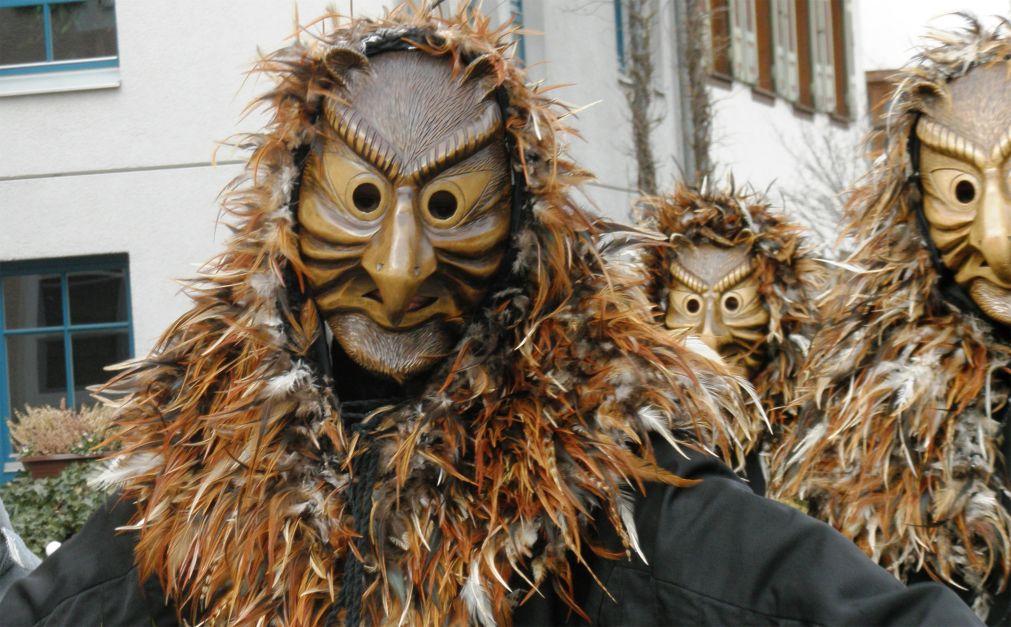 Карнавал «Фаснахт» в Люцерне a0a1e14ee83ff1be2f558bfe5c2e4a26.jpg