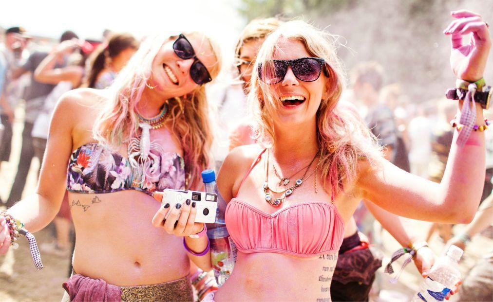 Музыкальный фестиваль BoomTown в Уинчестере a0d25c1b634468ad8c75cc0830fc9b75.jpg