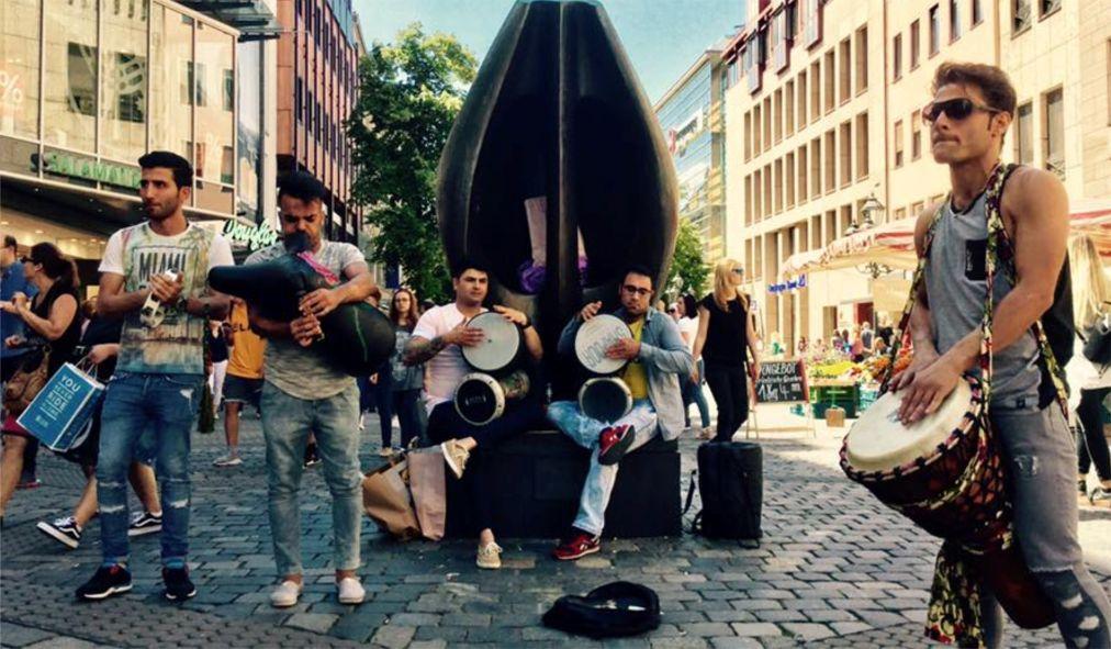Музыкальный фестиваль Bardentreffen в Нюрнберге a24ce8e1a1ae762ded3eef0d5c712e3a.jpg