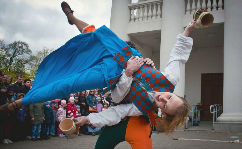 Минский форум уличных театров a396c184029d0068b267478f6970f65e.jpg