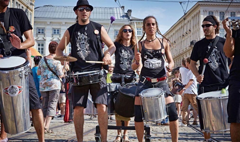 Фестиваль искусств Pflasterspektakel в Линце a460b725117e11f6689d0a7fd6bdff22.jpg