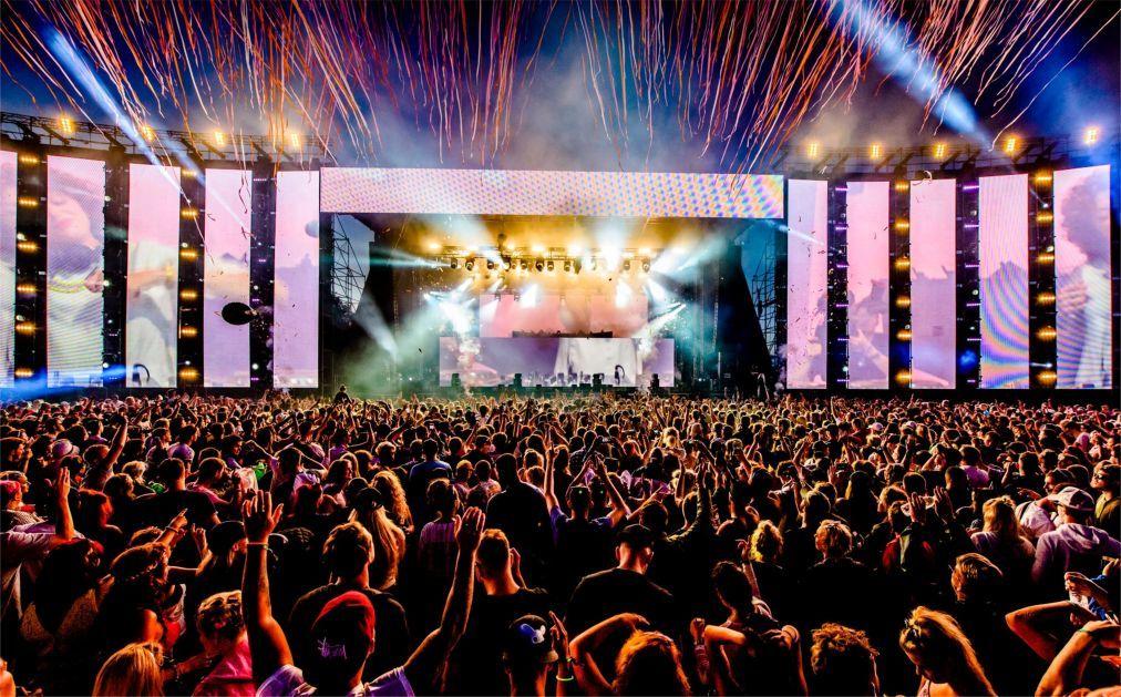 Фестиваль электронной музыки Creamfields в Дарсбери a563719e9afea65350d83a185034b4e2.jpg