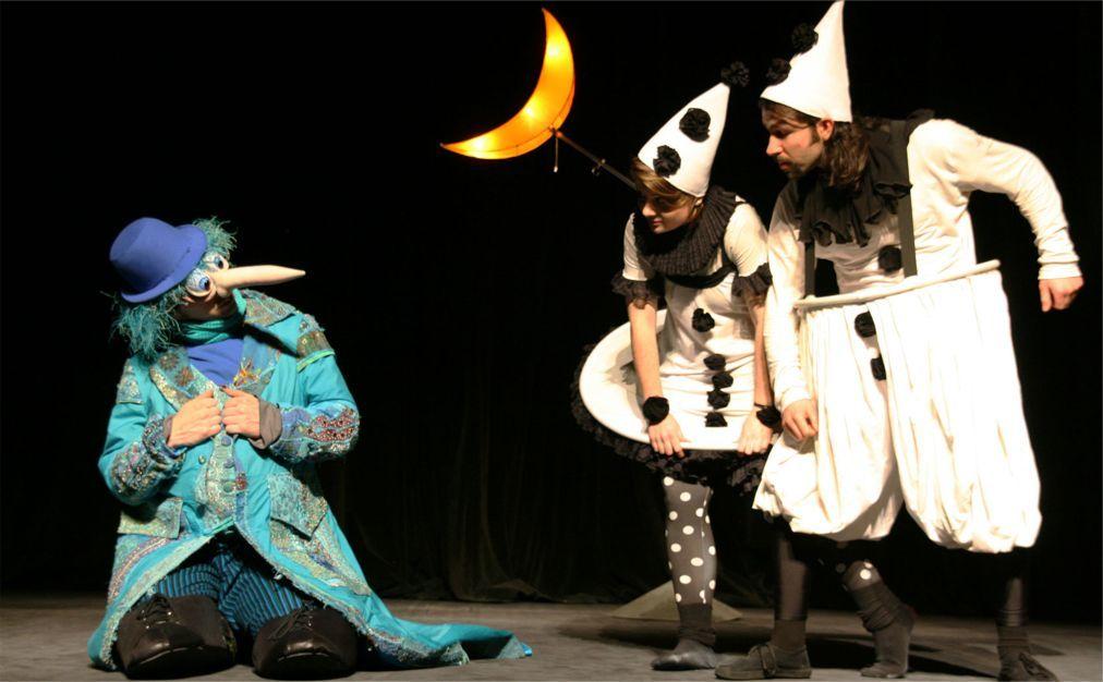 Международный фестиваль кукольных театров в Пловдиве a5e88e9d02c1dea2d5f14a59bd458797.jpg