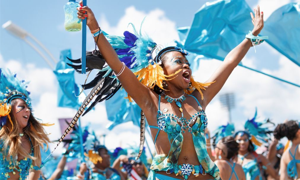 Карнавал на Тринидад и Тобаго a64cfef5ae85ed602d1186232b370da7.jpg