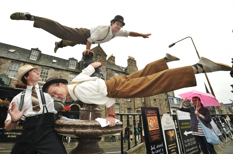 Фестиваль искусств «Фриндж» в Эдинбурге a93a3e5e2368235a56017c0f2a3ac86c.jpg
