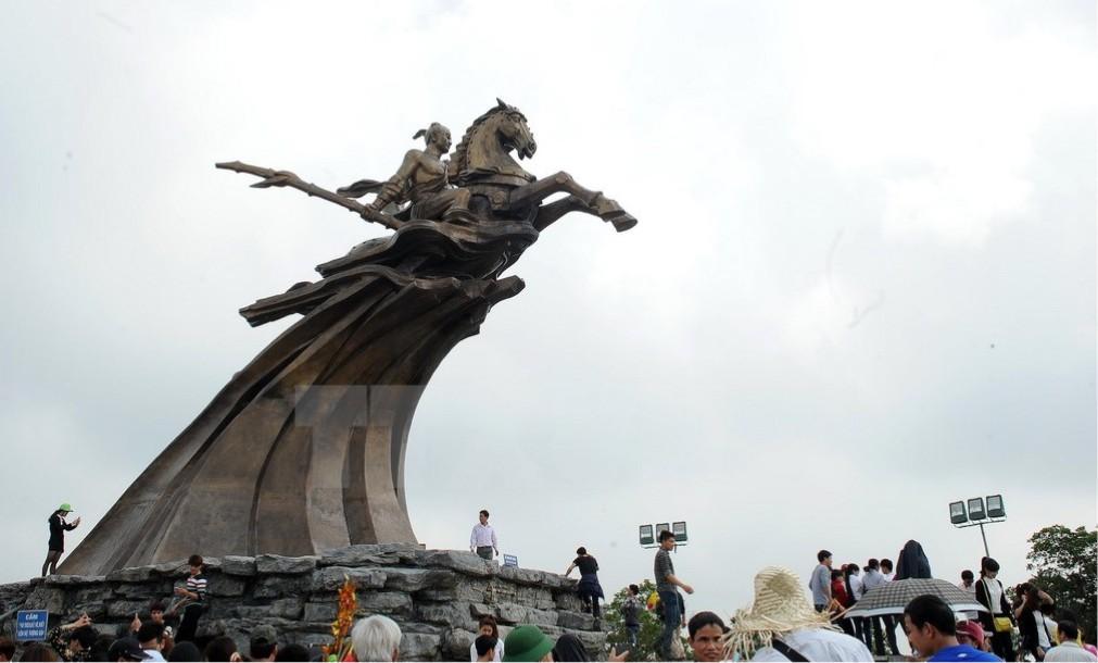 Фестиваль святого Зёнга в Ханое aa72a4307ab8e90e64284d5627d78db7.jpg