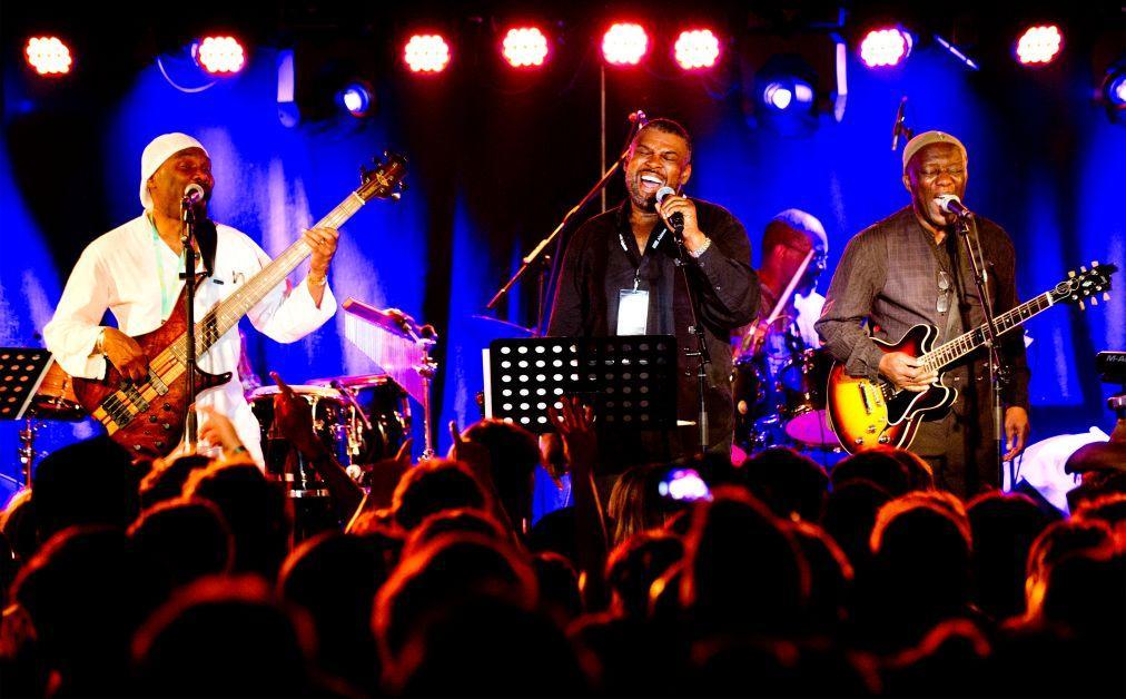 Фестиваль джаза и импровизационной музыки XJAZZ в Берлине ac0767a8905bef64688a64de27d3c08f.jpg