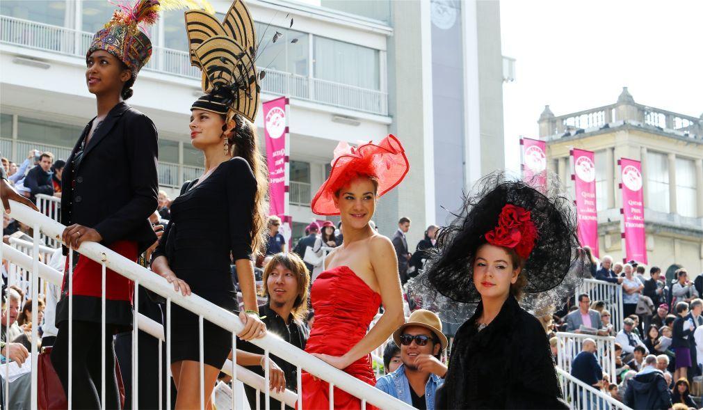 Скачки на приз Триумфальной Арки в Париже ae6e81f8c9d89ed4c3dd9bf65e2bf682.jpg