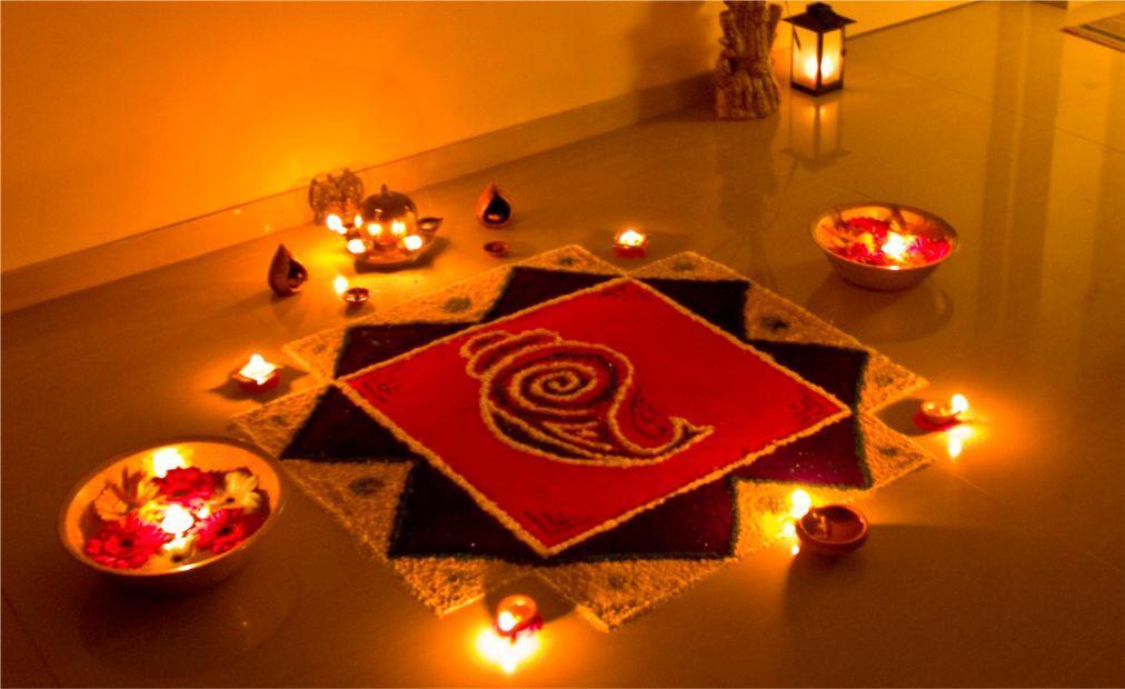 Праздник огней Дивали на Шри-Ланке ae9a0a4447fc87bdb6c115602a5b6a39.jpg