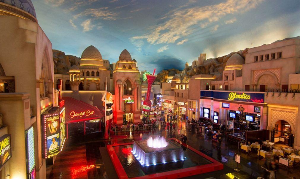 Шоу-варьете V в Лас-Вегасе af390cd59685e50486bd34ccb4348c54.jpg