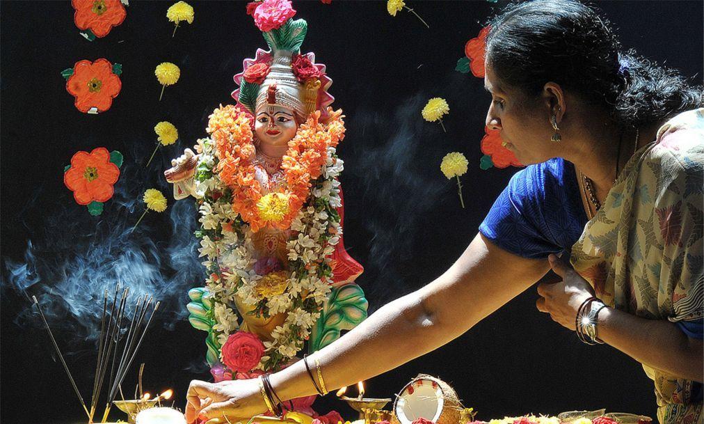 Праздник Кришна-Джанмаштами в Индии afed840af9234e621172bb69d4d3db8d.jpg