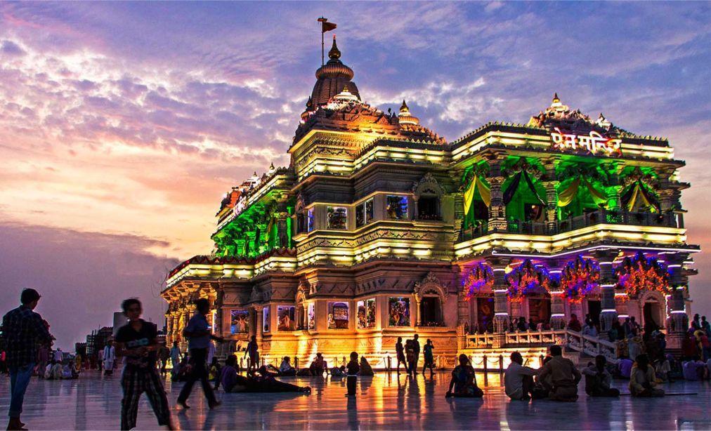Праздник Кришна-Джанмаштами в Индии b1595e742ae3cd68bc264f6225357f2b.jpg