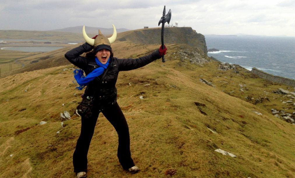 Фестиваль викингов «Up Helly Aa» в Леруике b1f58068643c21797c491b638af9c0fe.jpg