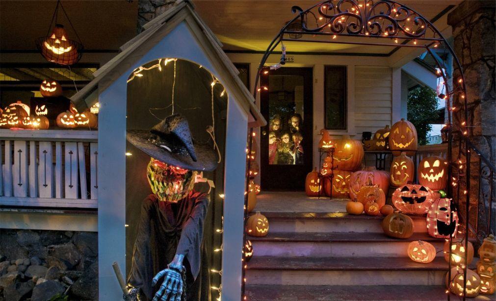 Хэллоуин в США b36380096954fed526ab0259c73a9ca9.jpg
