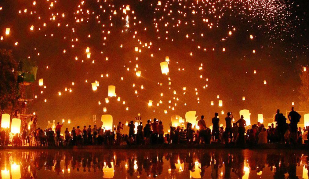 Фестиваль небесных фонариков Йи Пенг в Таиланде b55a8da75418cf44feb4bfed4de79efd.jpg