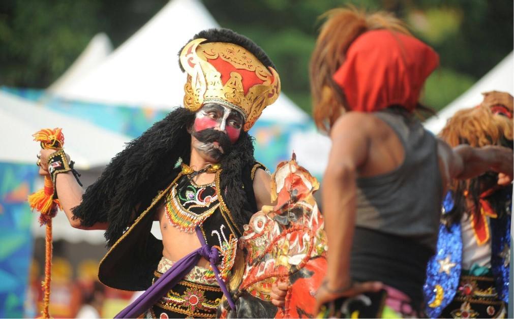 Международный фестиваль воздушных шаров в Куала-Лумпуре b60bc4bba4dcc2701c7d1ef7f56da10c.jpg