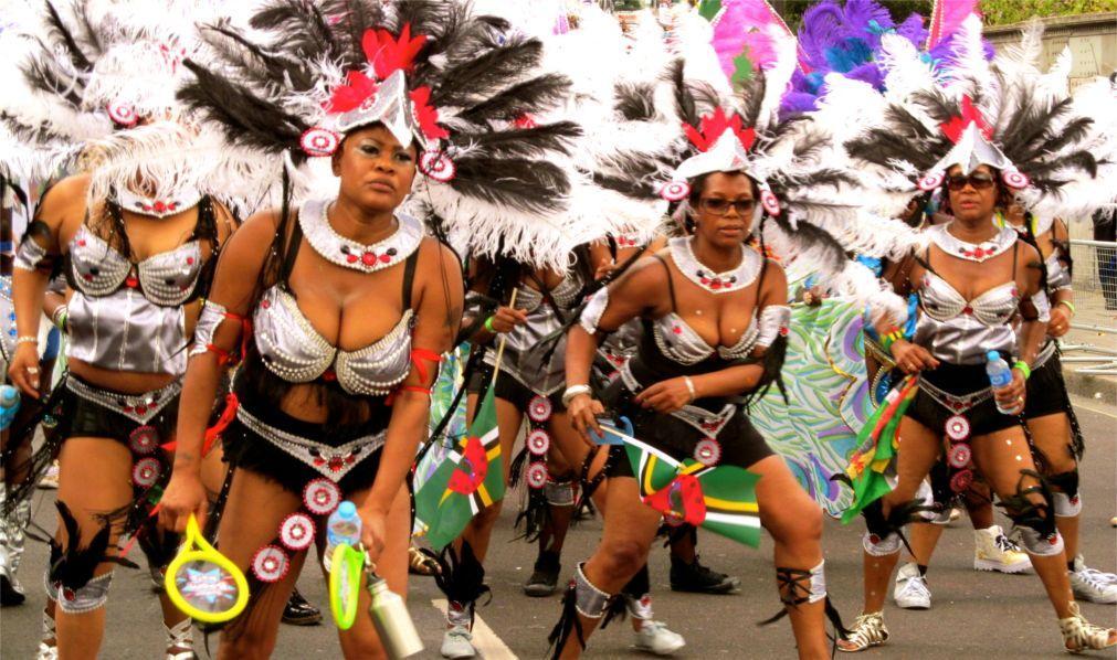 Карнавал на Доминике b6569d2e5e426f3ab7ec6421e2337a63.jpg