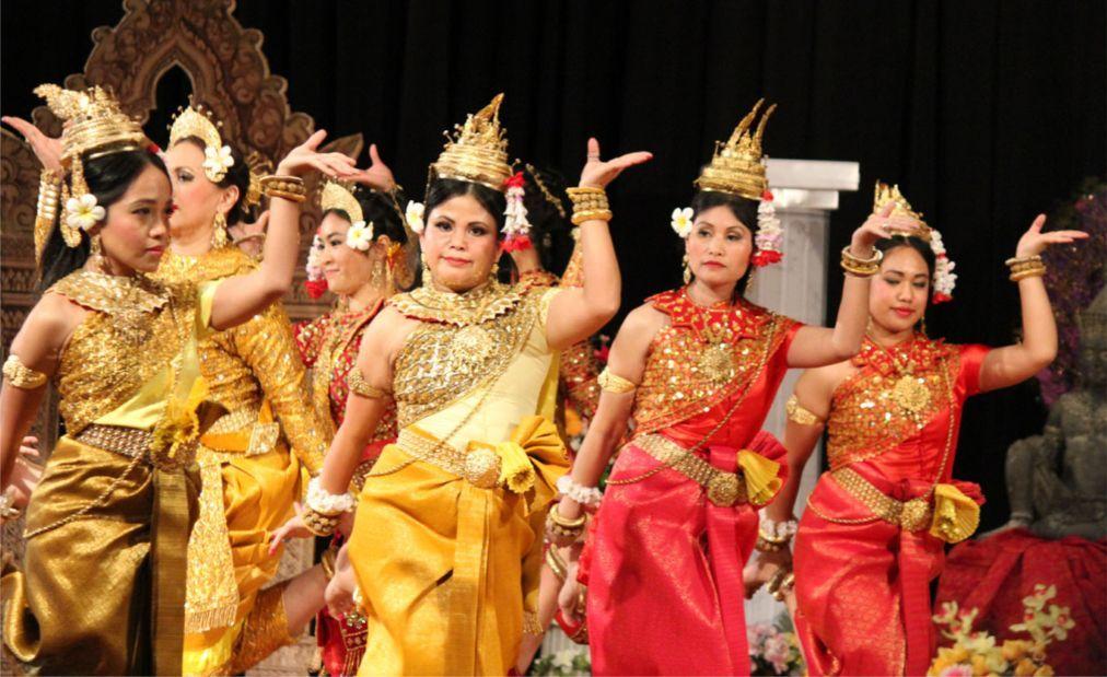 Кхмерский Новый год в Камбодже b95f0711f5086a51fa7ad93c12ec098a.jpg