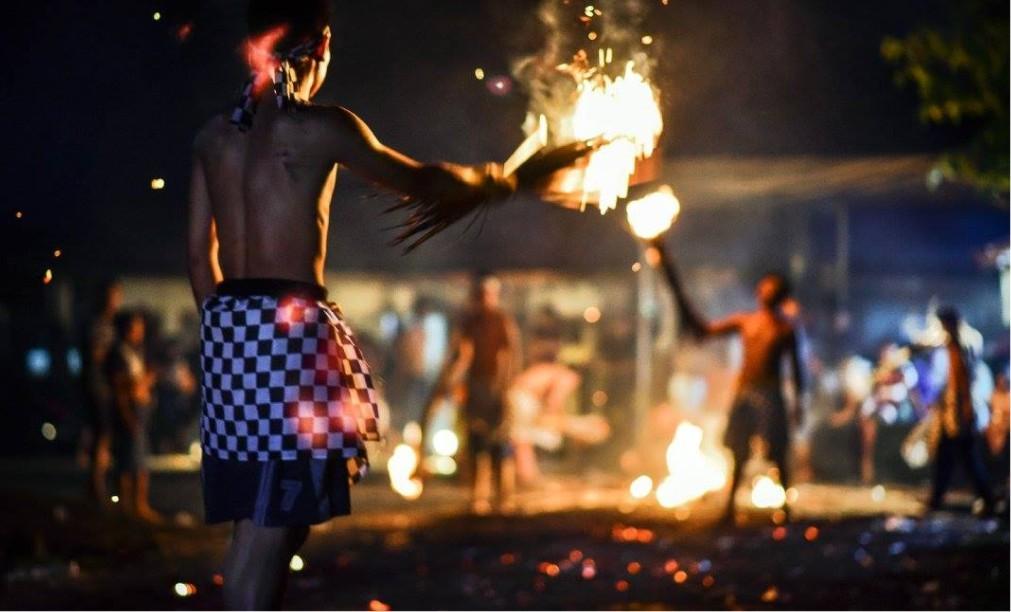 Огненный ритуал Перанг Апи на Бали bd78b6990f847e288e1ca1d0a6b63884.jpg