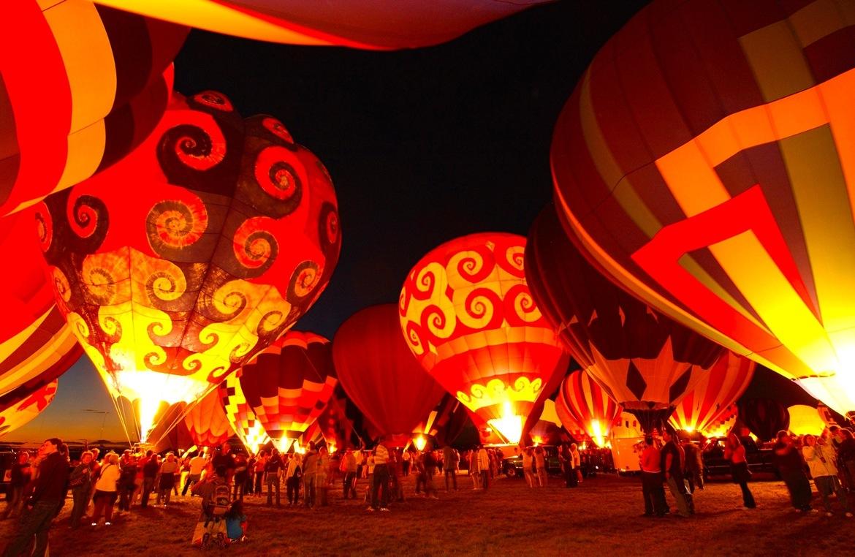 Международный фестиваль воздушных шаров в Альбукерке c155df2869b296431aca3e0e6b08bb6b.jpg
