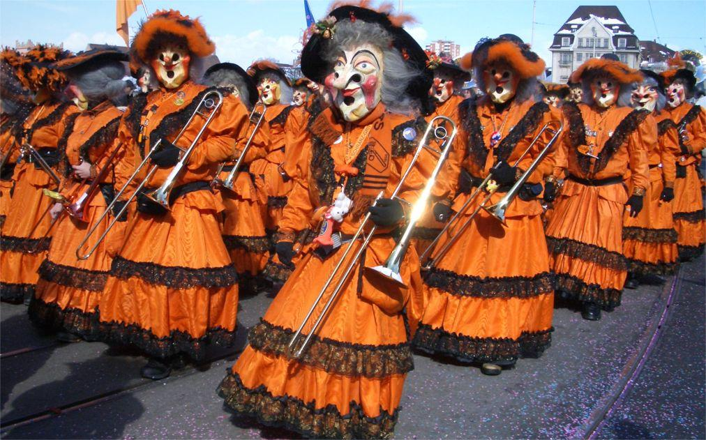 Карнавал «Фаснахт» в Люцерне c1e190afb83945f38ac82d3095e4ac3a.jpg