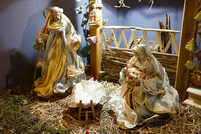 Выставка «Сто рождественских вертепов» в Риме c31eff113a1bc85d3ebe93338d5f12a9.jpg