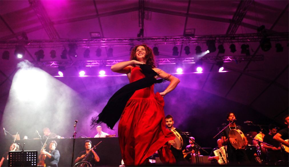 Музыкальный фестиваль «Ночь тарантула» в Саленто c38f0b8bdd027b386b7bd2aa23e3c1de.jpg