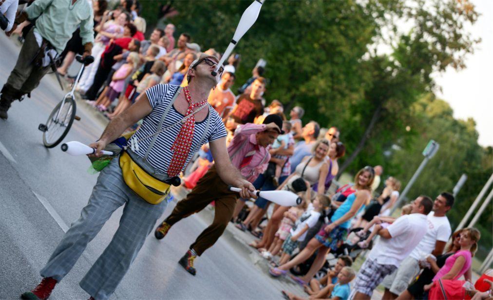 Пивной фестиваль «Дни пива» в Карловаце c51356cd971067121744617297779c90.jpg