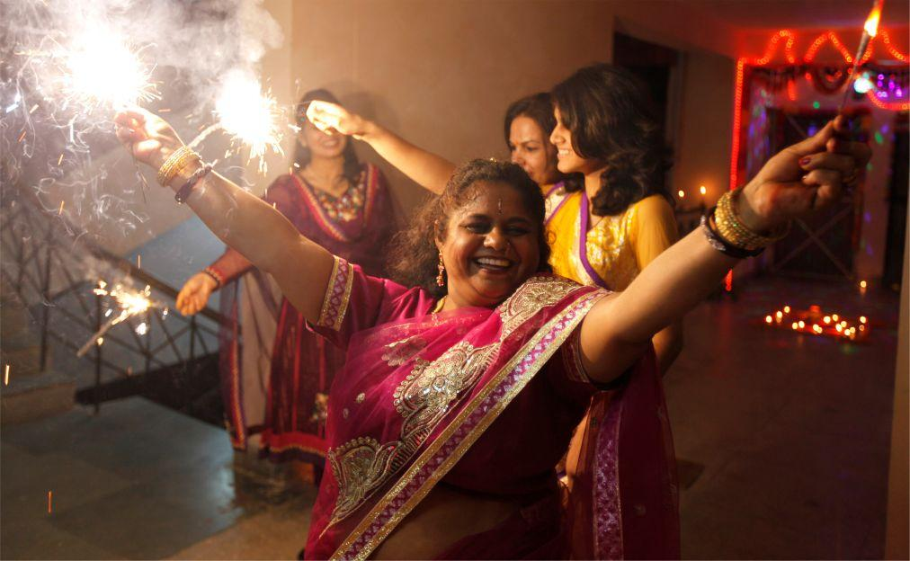 Праздник огней Дивали на Шри-Ланке c67d258b06d68969731c5b24d8c303ce.jpg