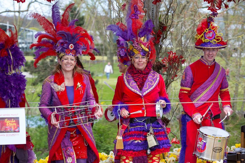 Парад цветов Bollenstreek в Нидерландах c6ba2c3512b815e673efa4b42eb9df8d.jpg