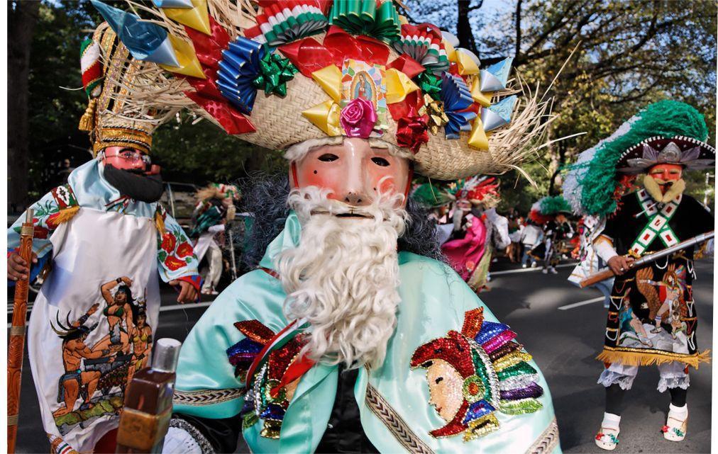 Латиноамериканский парад в Нью-Йорке c81152de318af6d3ff842f4bd9481812.jpg