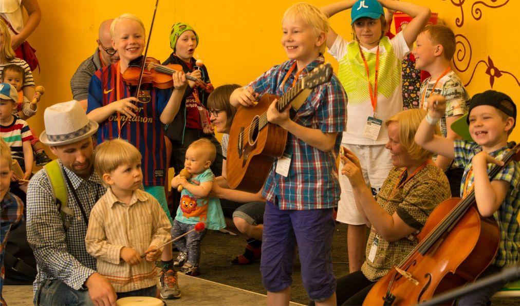 Международный фестиваль фолк-музыки в Каустинене c845eeb5b71f33622f0464dee7048a22.jpg