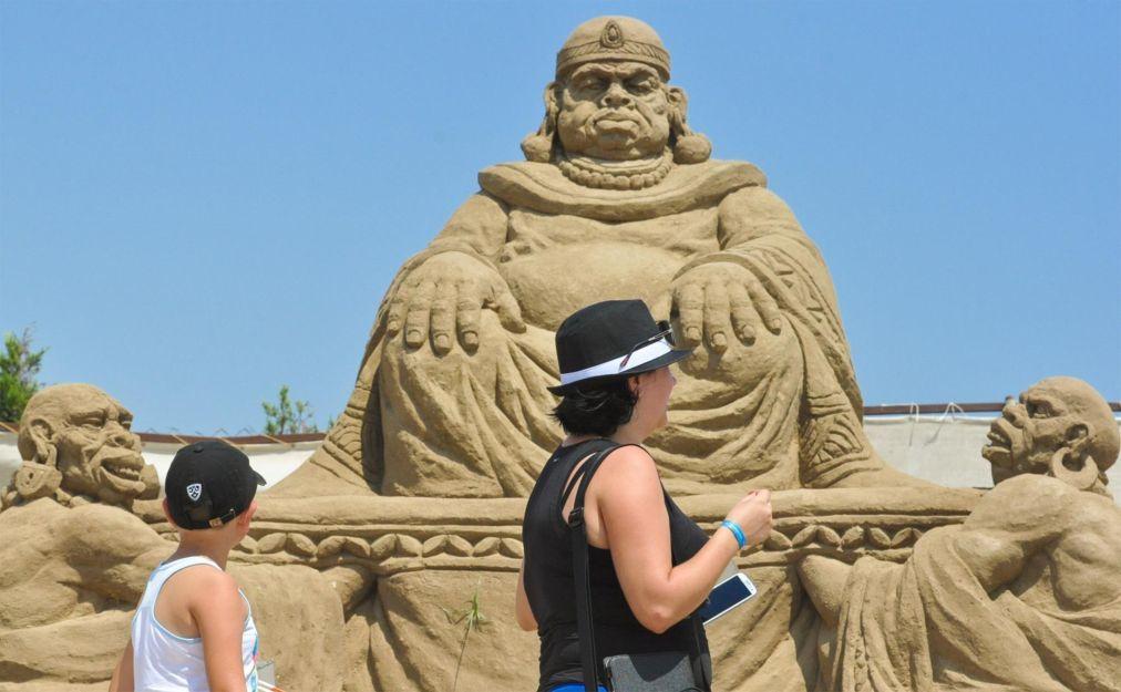 Международный фестиваль песчаных скульптур в Анталье c8f43013de0997995d825127e1a2706b.jpg