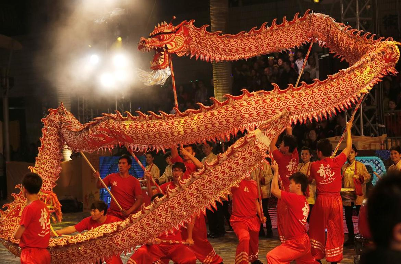 Китайский Новый год в Гонконге c9752f9cddd6268e4f3853a023aea01e.jpg