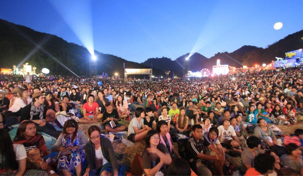 Музыкальный фестиваль Big Mountain в Пхетчабури c9eab610a7d8dee4f0fbcbec7c9d71eb.jpg