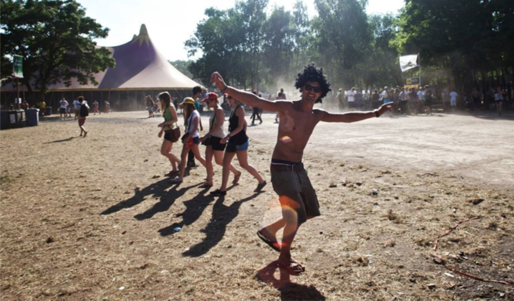Музыкальный фестиваль «Dour» в Дуре cb3fb1381a6766749b11d1d7828e0b61.jpg